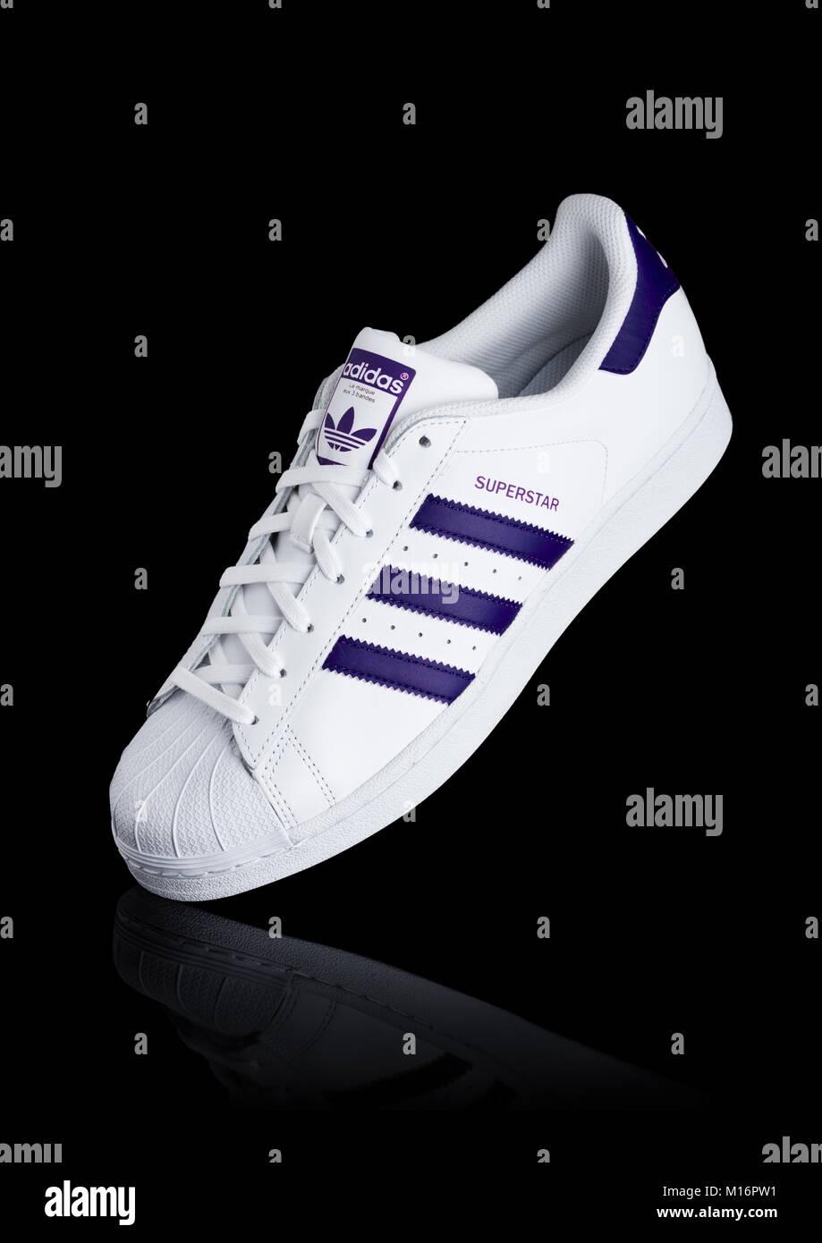 2018 Enero Originales Adidas De 24 Reino Unido Londres 8zxwq6AA