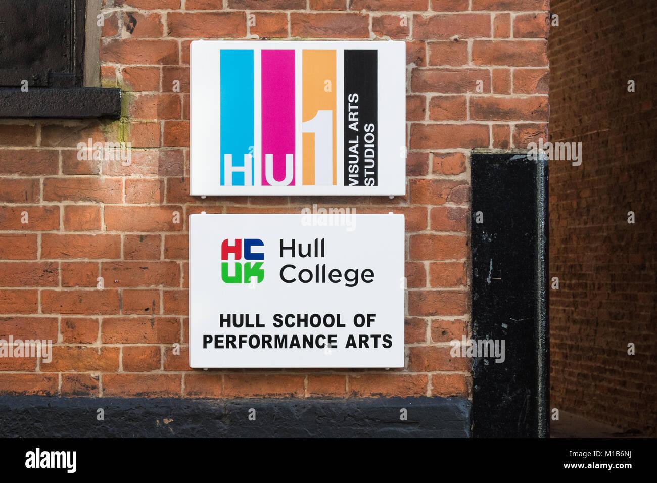 HU1 Estudios de Artes Visuales, Escuela de Artes de rendimiento Hull, Hull College, Hull, Inglaterra, Reino Unido. Imagen De Stock