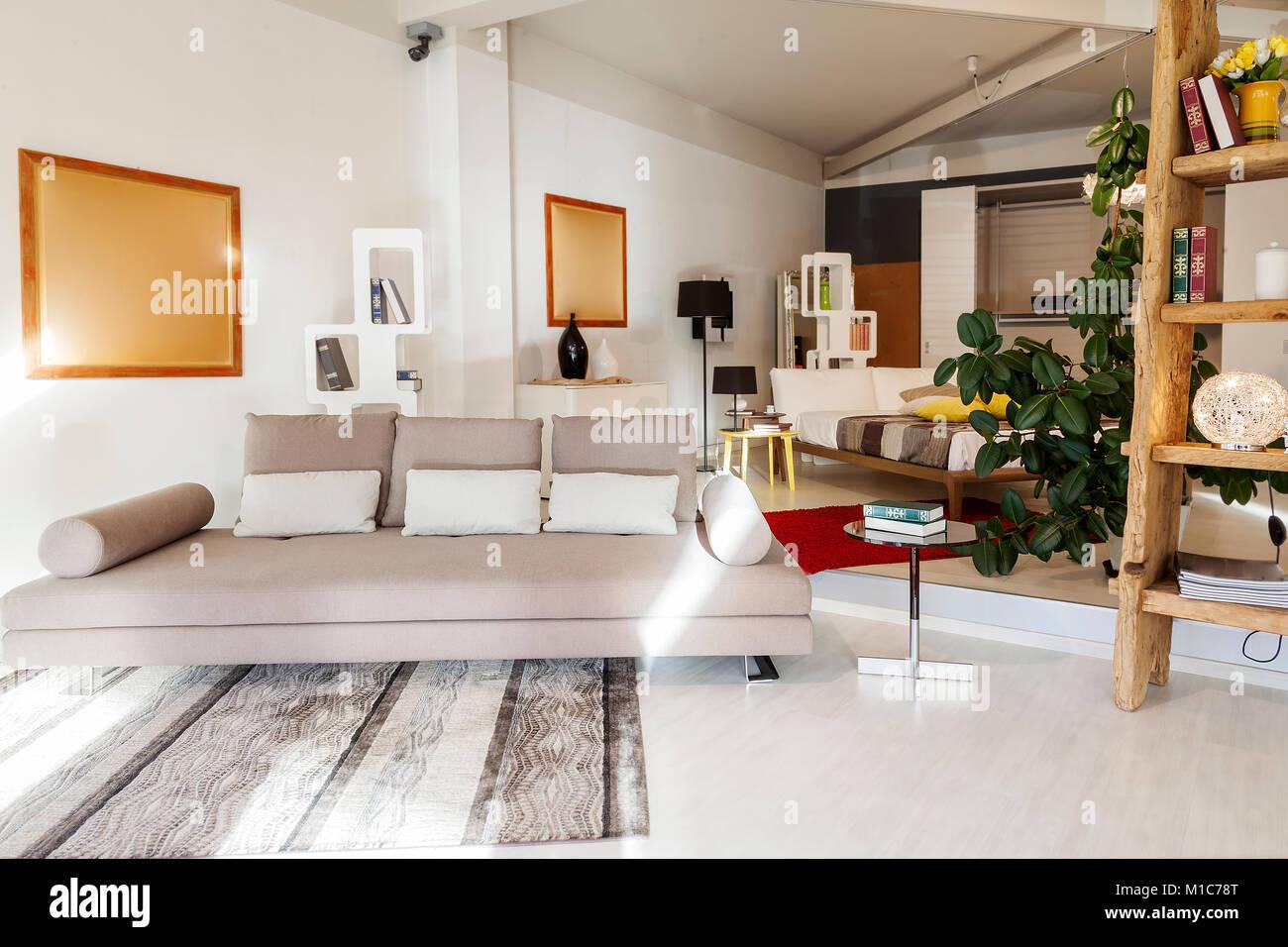 Moderno interior precioso apartamento en Nueva ubicación de lujo Imagen De Stock