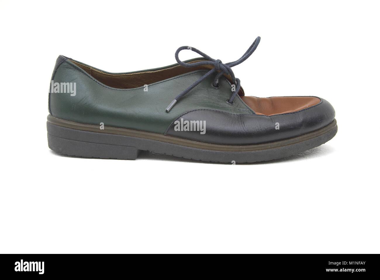 7be4fab1 Zapato De Cuero Imágenes De Stock & Zapato De Cuero Fotos De Stock ...
