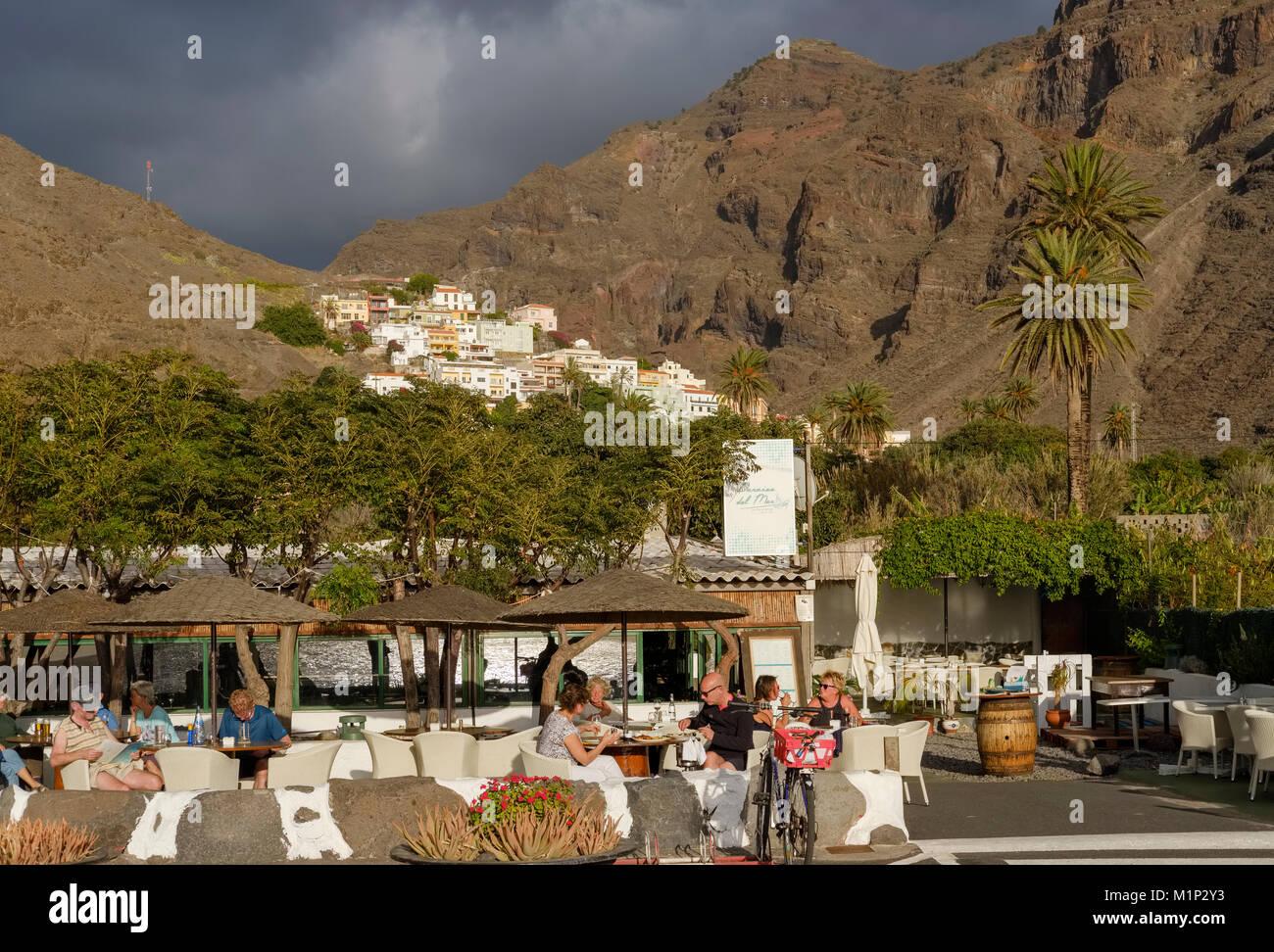 Piscina gastronomía en el Restaurante Paraiso del Mar,La Calera, Valle Gran Rey, La Gomera, Islas Canarias, Imagen De Stock