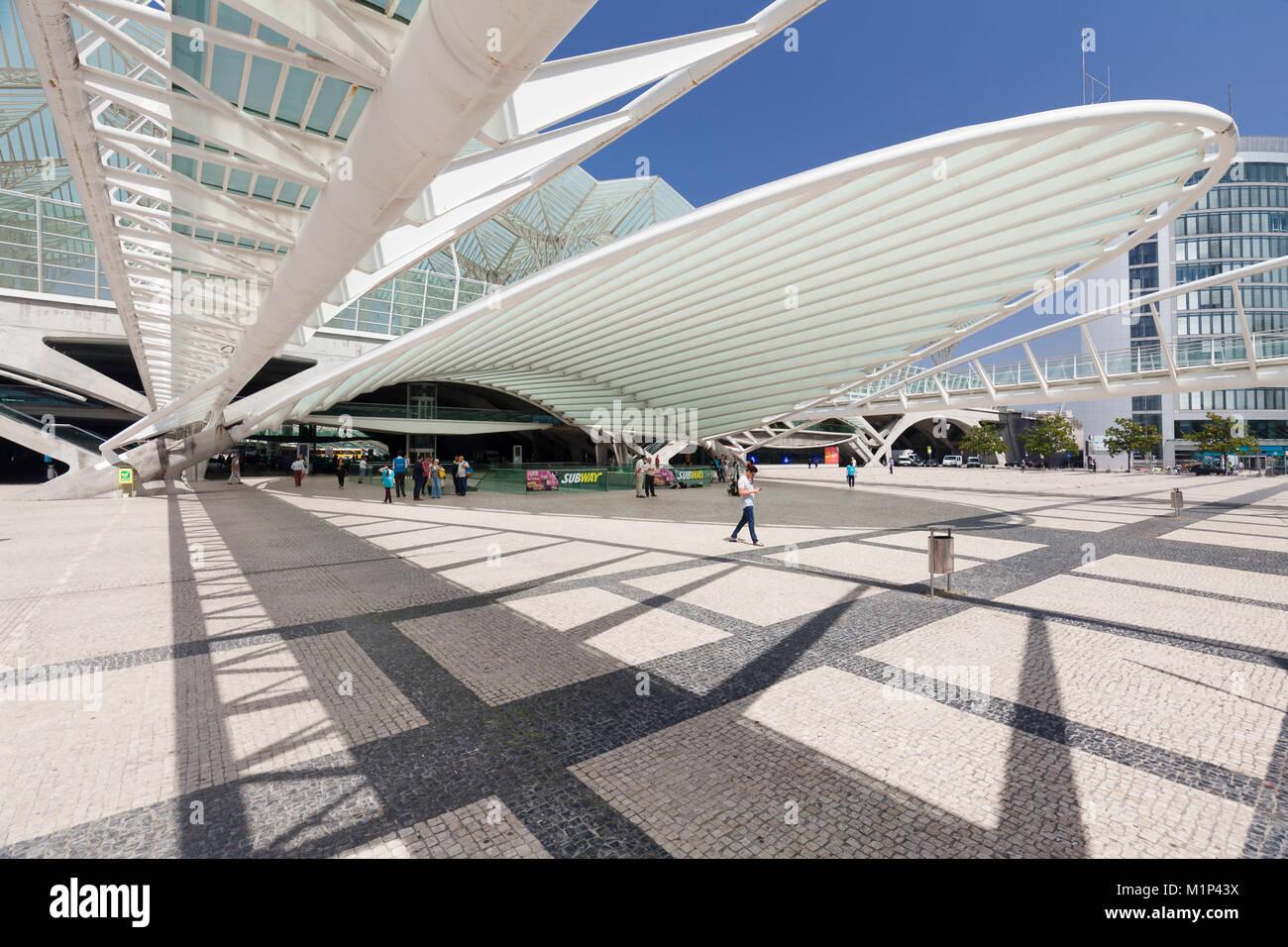 Estación de ferrocarril de Oriente, el arquitecto Santiago Calatrava, Lisboa, Portugal, Europa Imagen De Stock