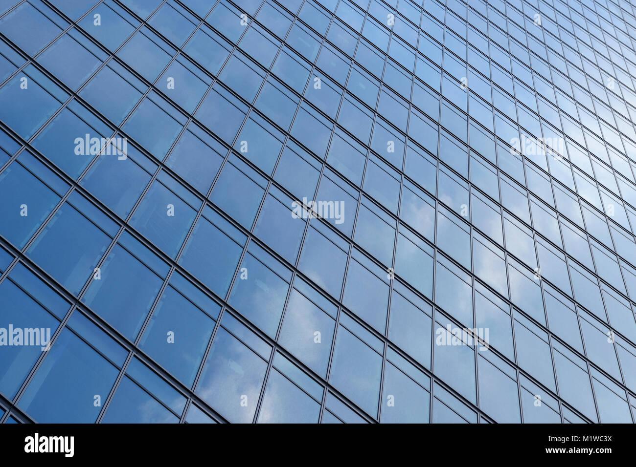 Visión abstracta de un rascacielos, Cerrar Foto de stock