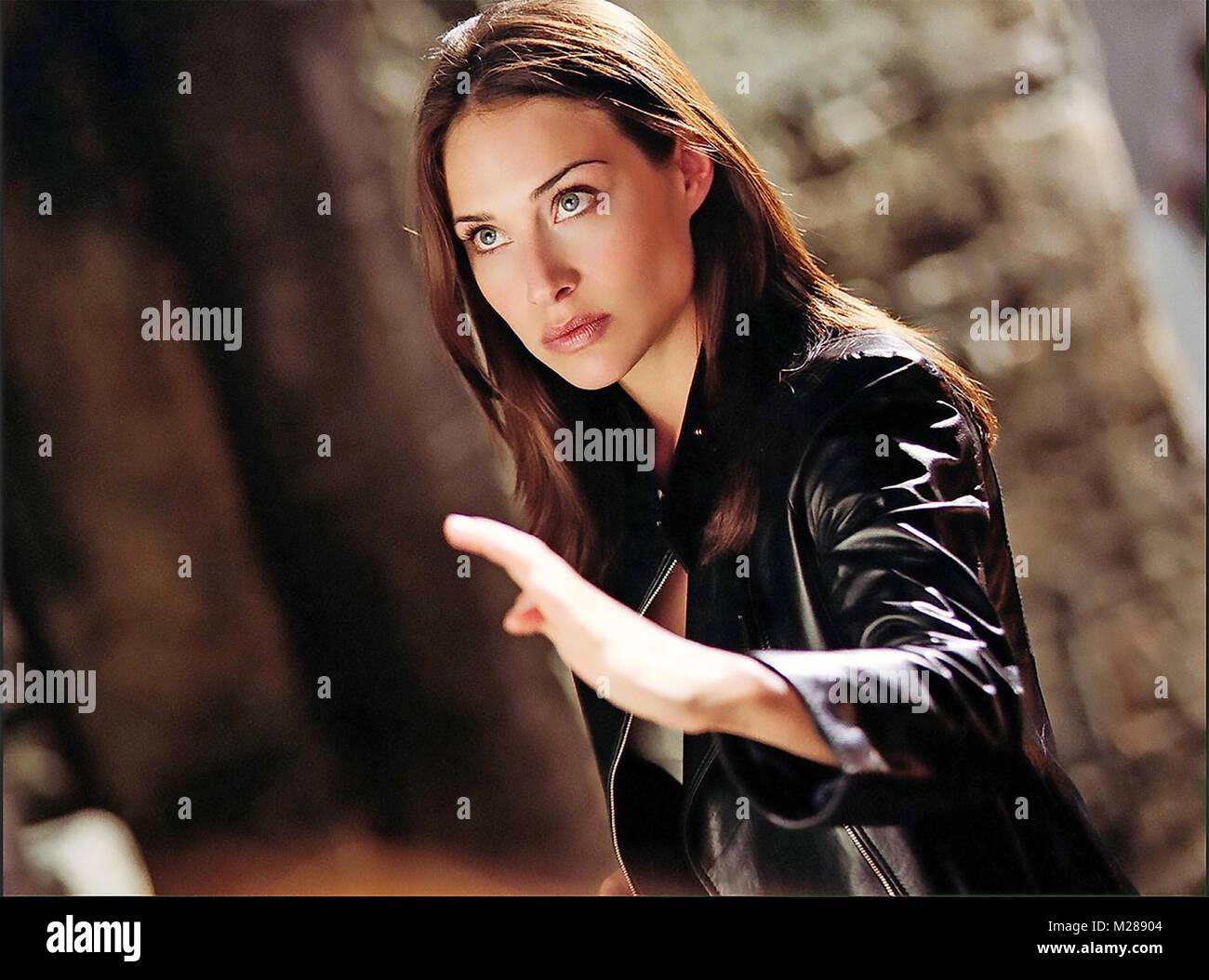 El medallón de 2003 película de EMG con Claire Forlani Imagen De Stock