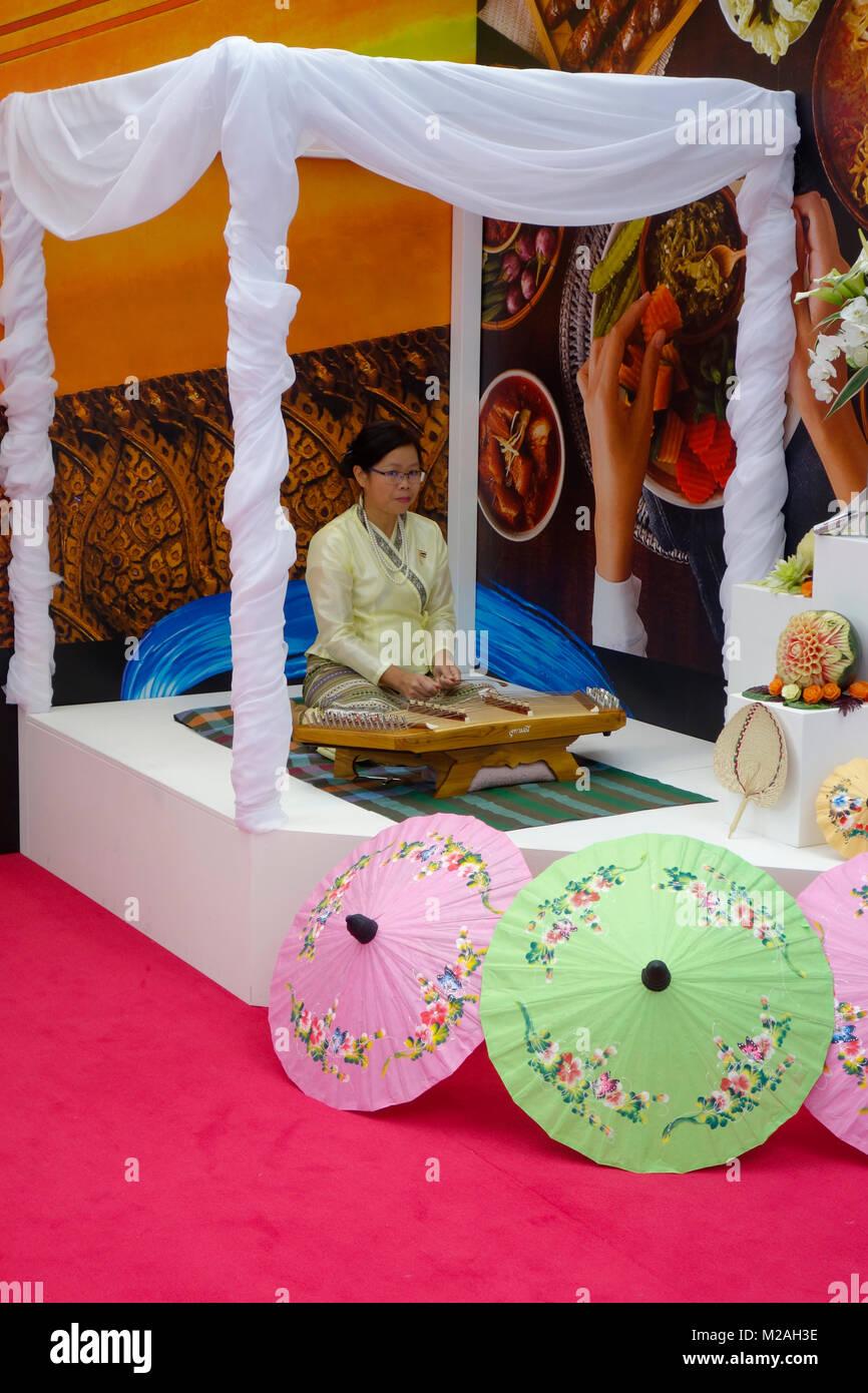 Londres, Reino Unido, 4 de febrero de 2018,Tailandia stand en destinos de viajes y vacaciones el espectáculo en el Olympia de Londres. Foto de stock