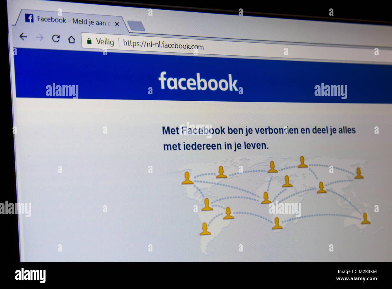 Los Países Bajos - Febrero 07, 2018: el holandés Página de Facebook, uno de los mayores sitios web Imagen De Stock
