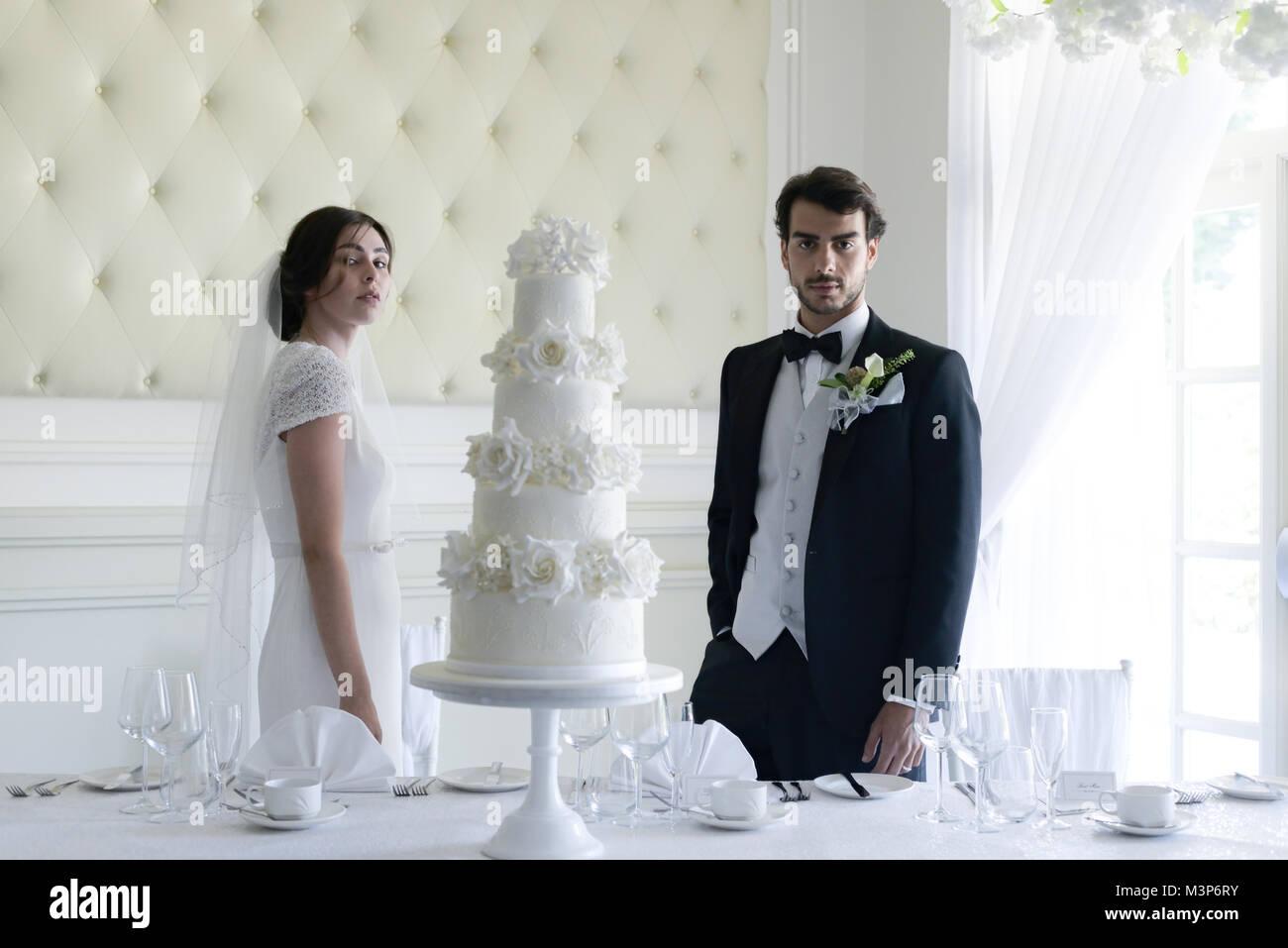 Traje negro boda dia