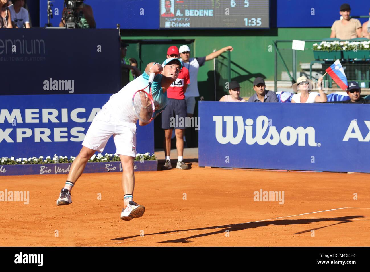 Bueos Aires, Argentina. 16 Feb, 2018. Diego Schwartzman durante los cuartos de final del ATP de Buenos Aires 250 este viernes en el juzgado central de Buenos Aires Lawn Tennis, Argentina. Crédito: Néstor J. Beremblum/Alamy Live News Foto de stock