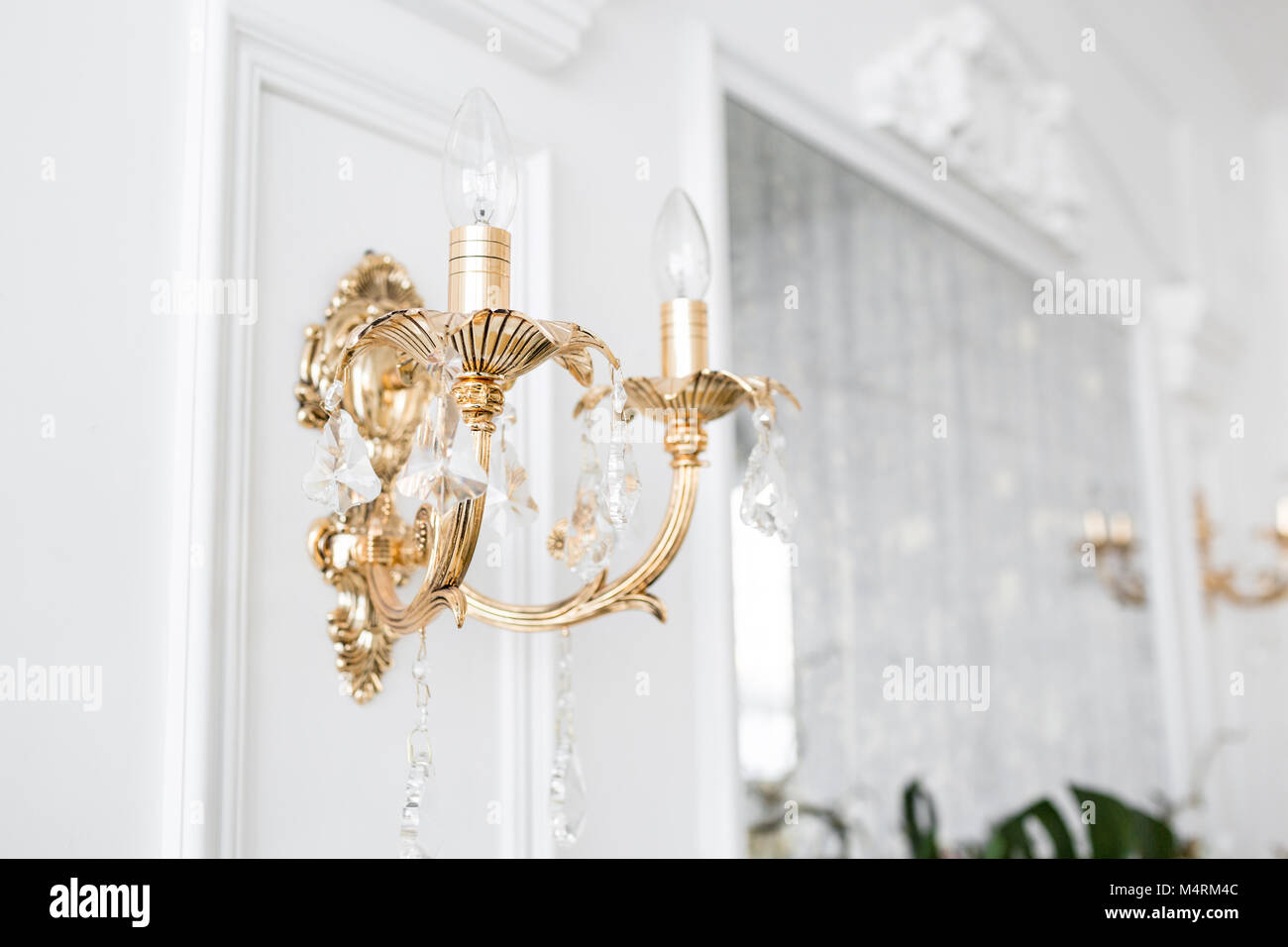 Stucco Molding Imágenes De Stock & Stucco Molding Fotos De Stock - Alamy