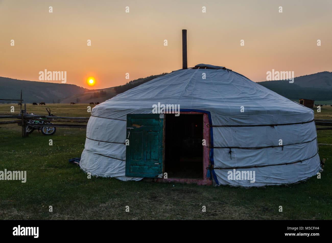 Ger, Tsaaganuur mongol, Mongolia Imagen De Stock