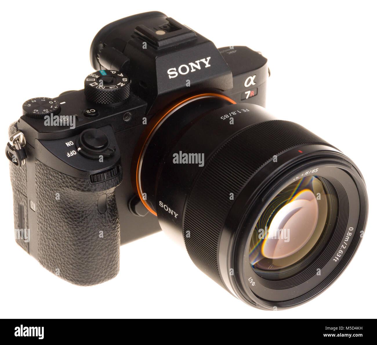 Sony Profesional cámara mirrorless de fotograma completo con 85mm f ...
