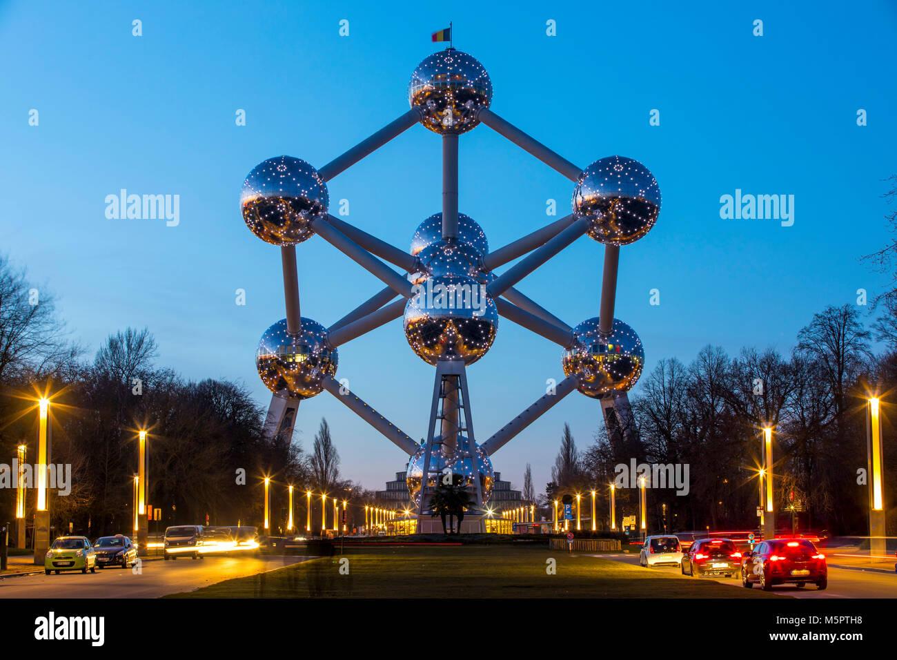 El Atomium de Bruselas, Bélgica, Imagen De Stock