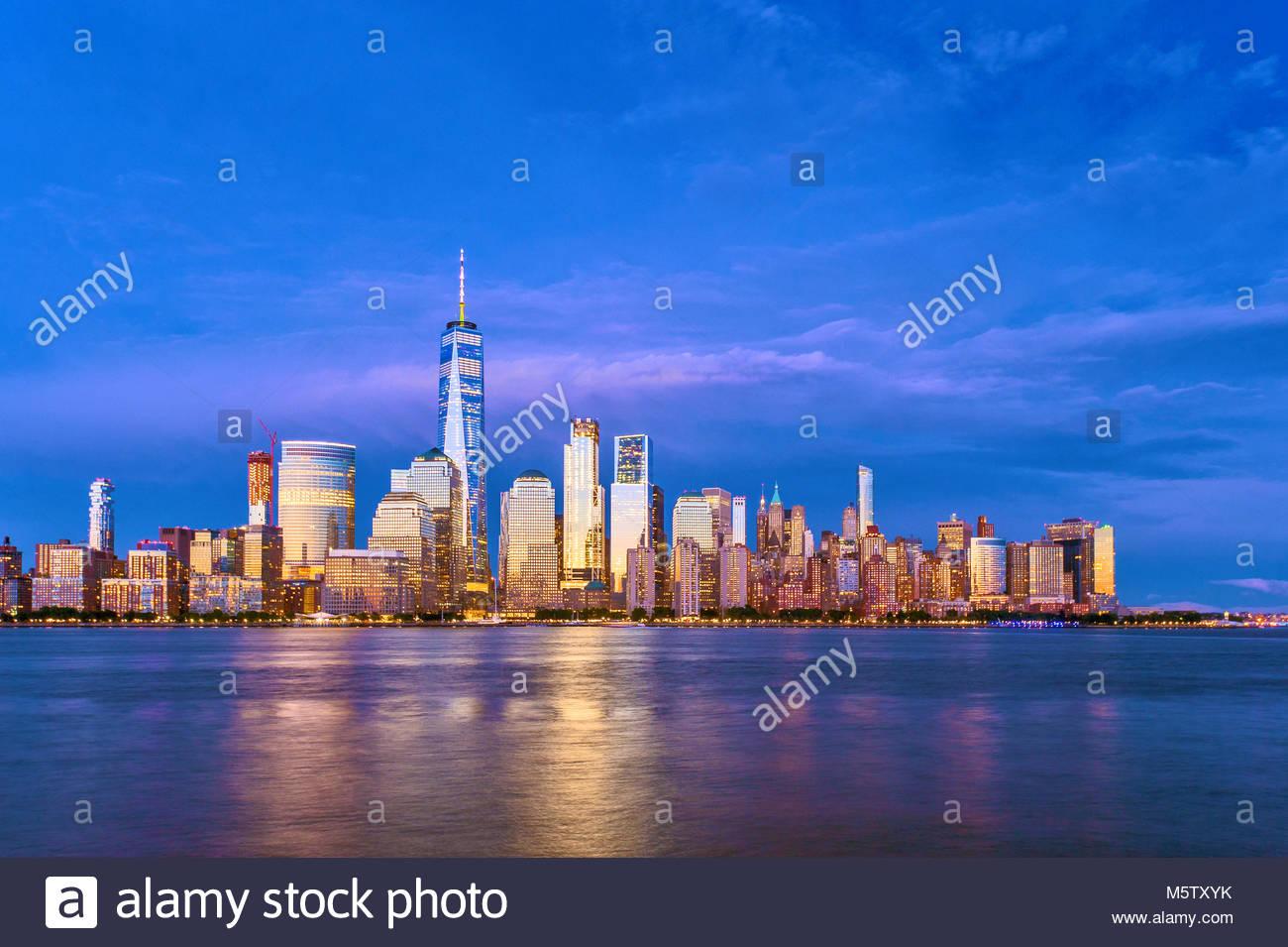 Horizonte de Nueva York One World Trade Center WTC, Torre de la Libertad Imagen De Stock