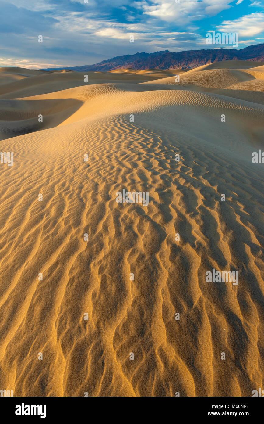 Dunas Mesquite, el Parque Nacional Valle de la Muerte, California Imagen De Stock