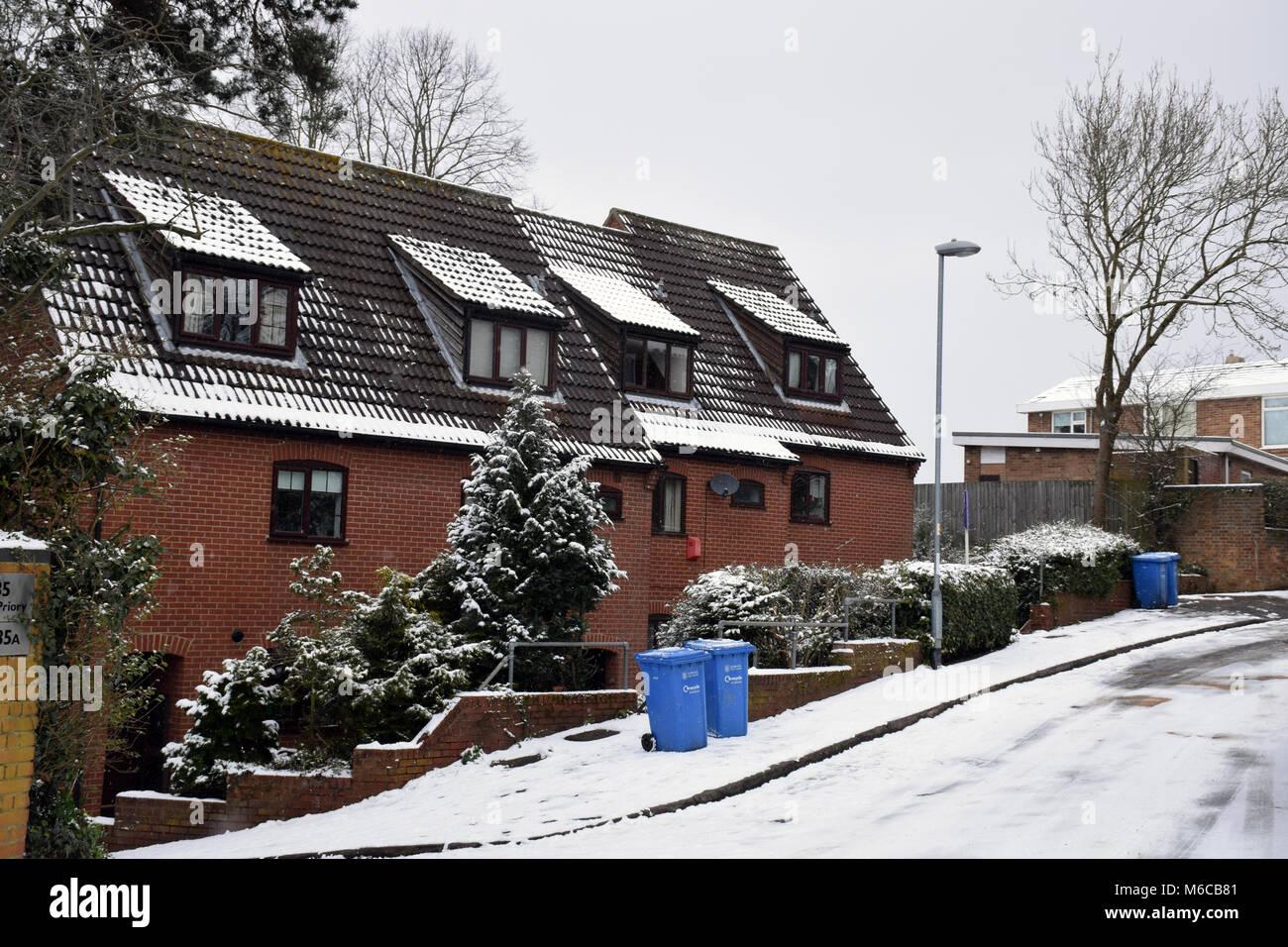 Mal aislamiento del techo en estas casas, Norwich Feb 2018 UK Imagen De Stock