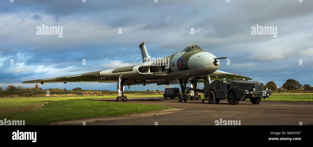 RAF Avro Vulcan Guerra Fría V-Force bombardero nuclear XM655 Imagen De Stock