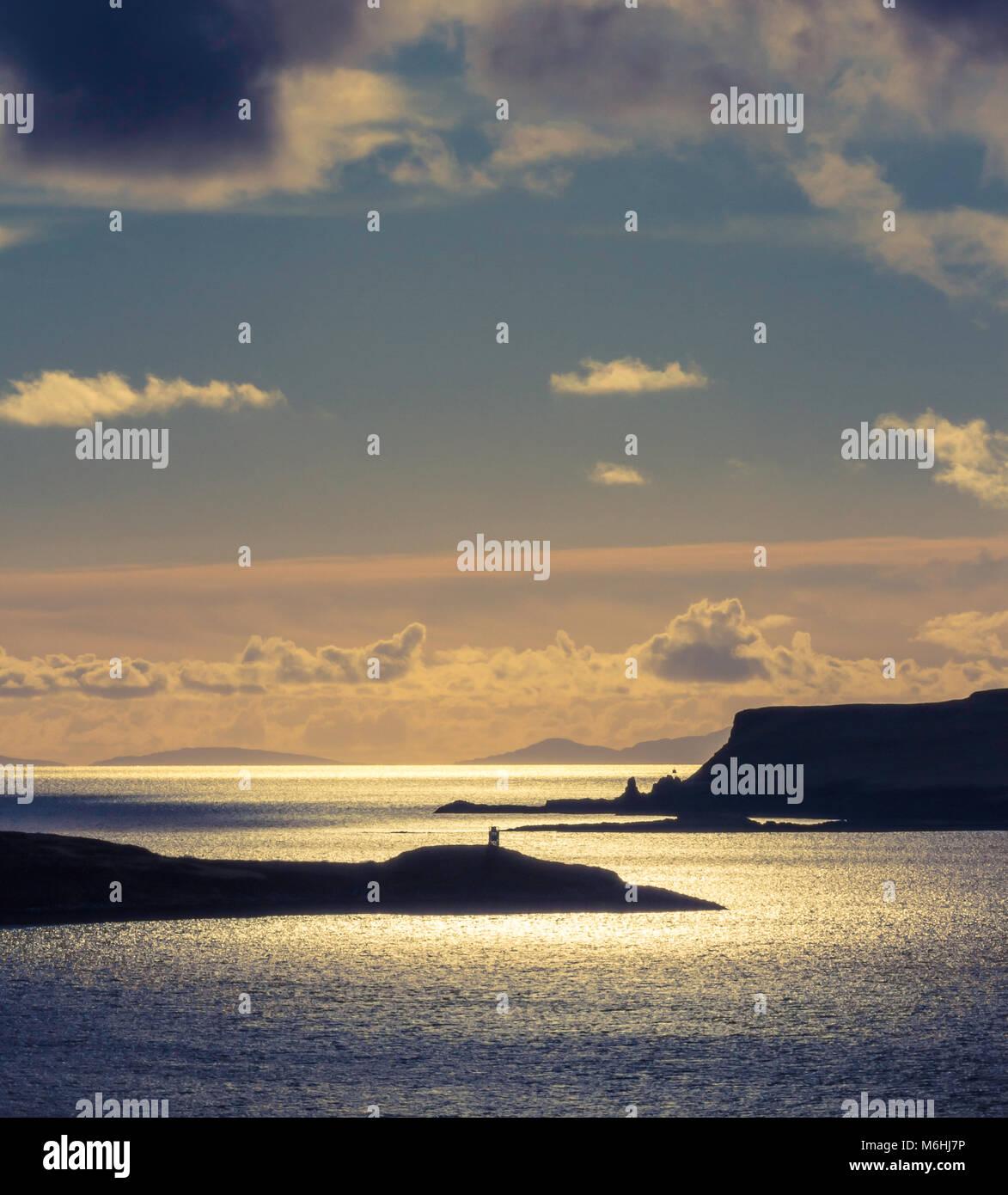 Vista desde el gesto a punto Ardtreck Bay, Isla de Skye. Foto de stock