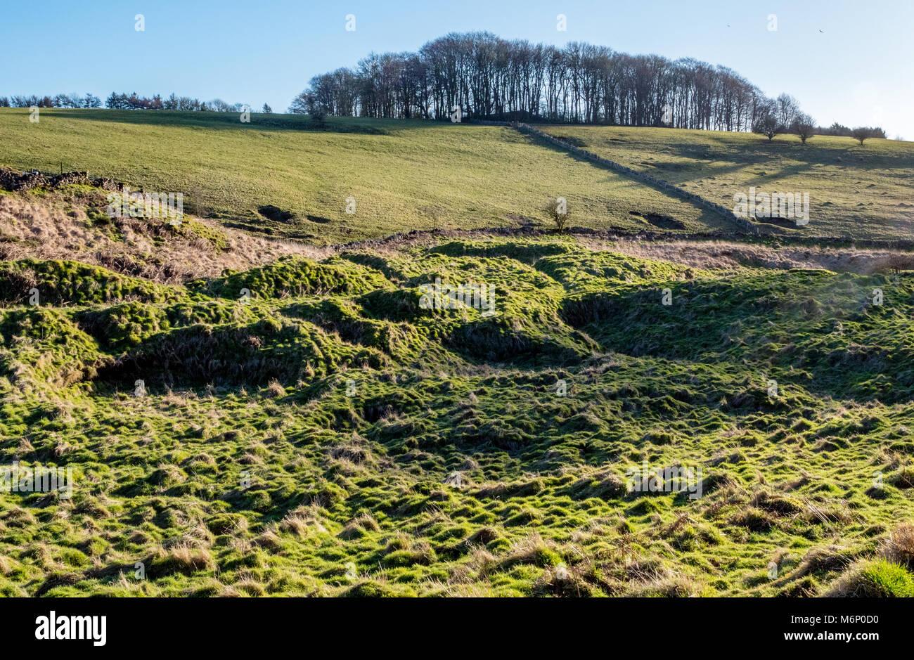 Restos de plomo acondicionamiento de escombreras mineras conocidas localmente como tierra gruffy en Velvet abajo Imagen De Stock