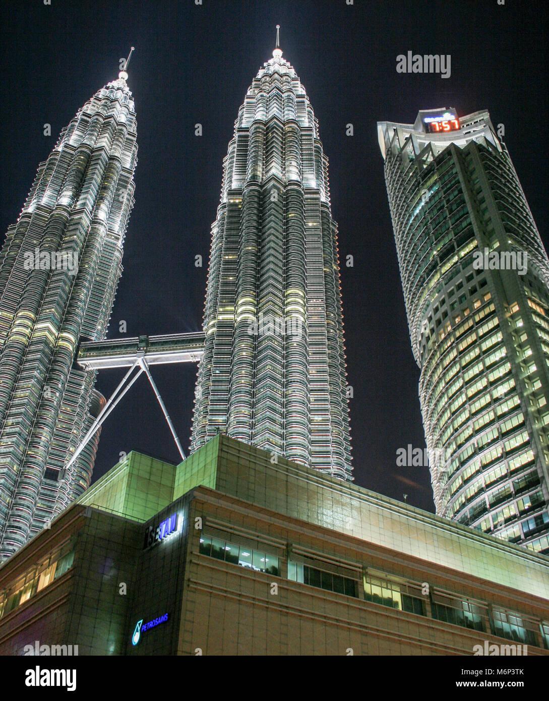 El centro comercial Suria, Torres Petronas, centro de la ciudad de Kuala Lumpur (KLCC), Kuala Lumpur, Malasia Imagen De Stock