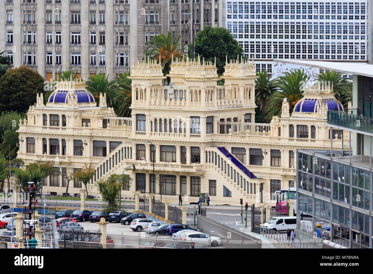Terraza Edificio, La Ciudad de La Coruña, Galicia, España, Europa Imagen De Stock