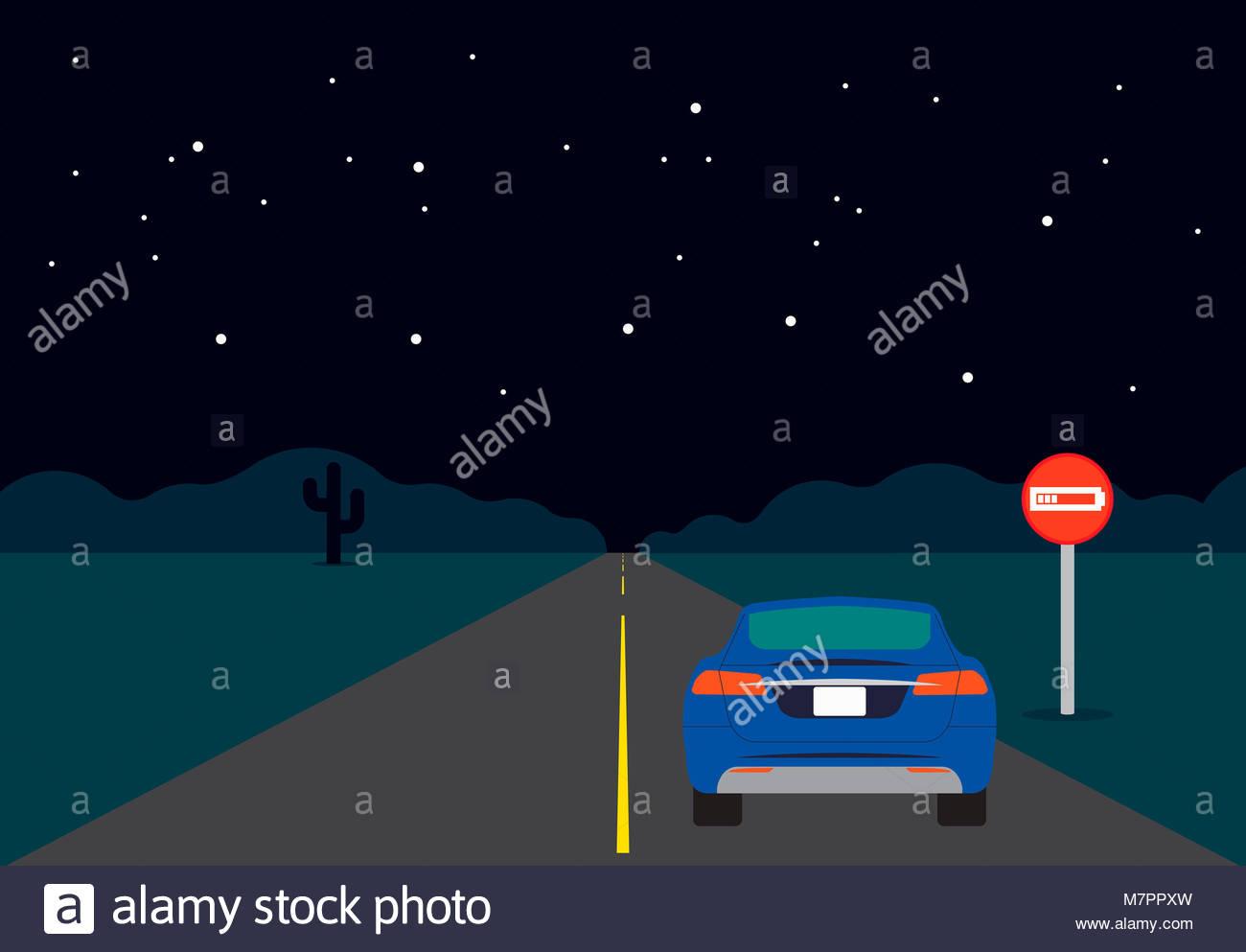 Coche eléctrico en carretera vacía en la noche con señal de batería baja Imagen De Stock