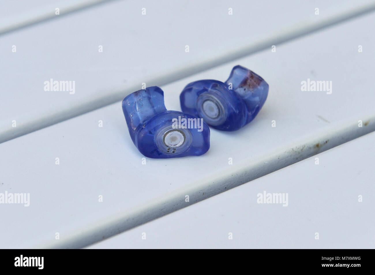 Tapones moldeados utilizado para limitar la contaminación acústica ambiental Imagen De Stock