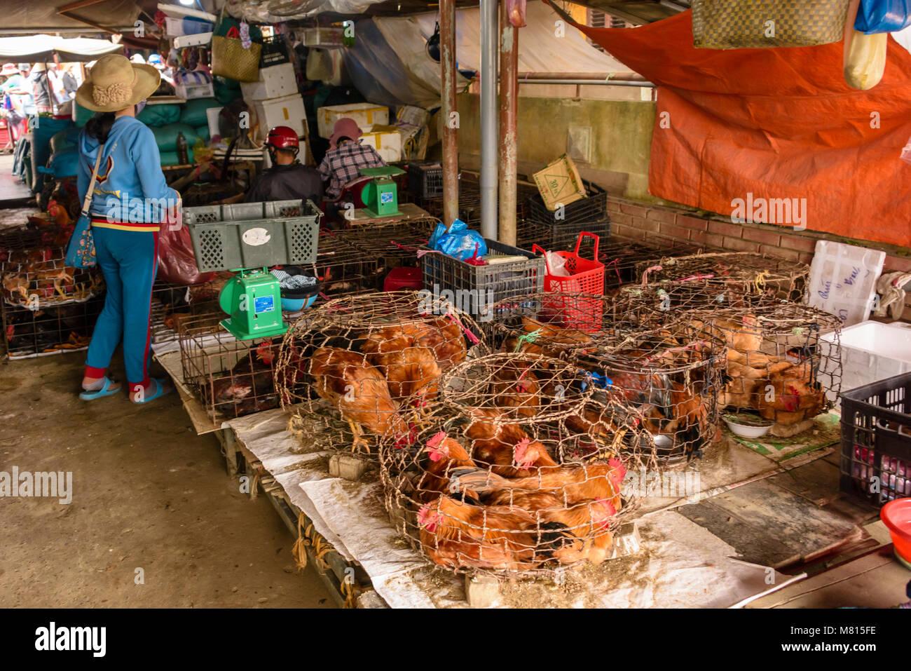 Meat Sale In Market Vietnam Imágenes De Stock   Meat Sale In Market ... a52179a90b8