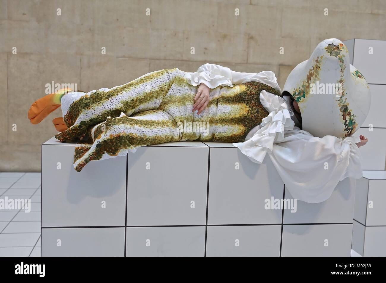 Anthea Hamilton El Squash Tate Britain 22 mar - 7 Oct 2018 Imagen De Stock