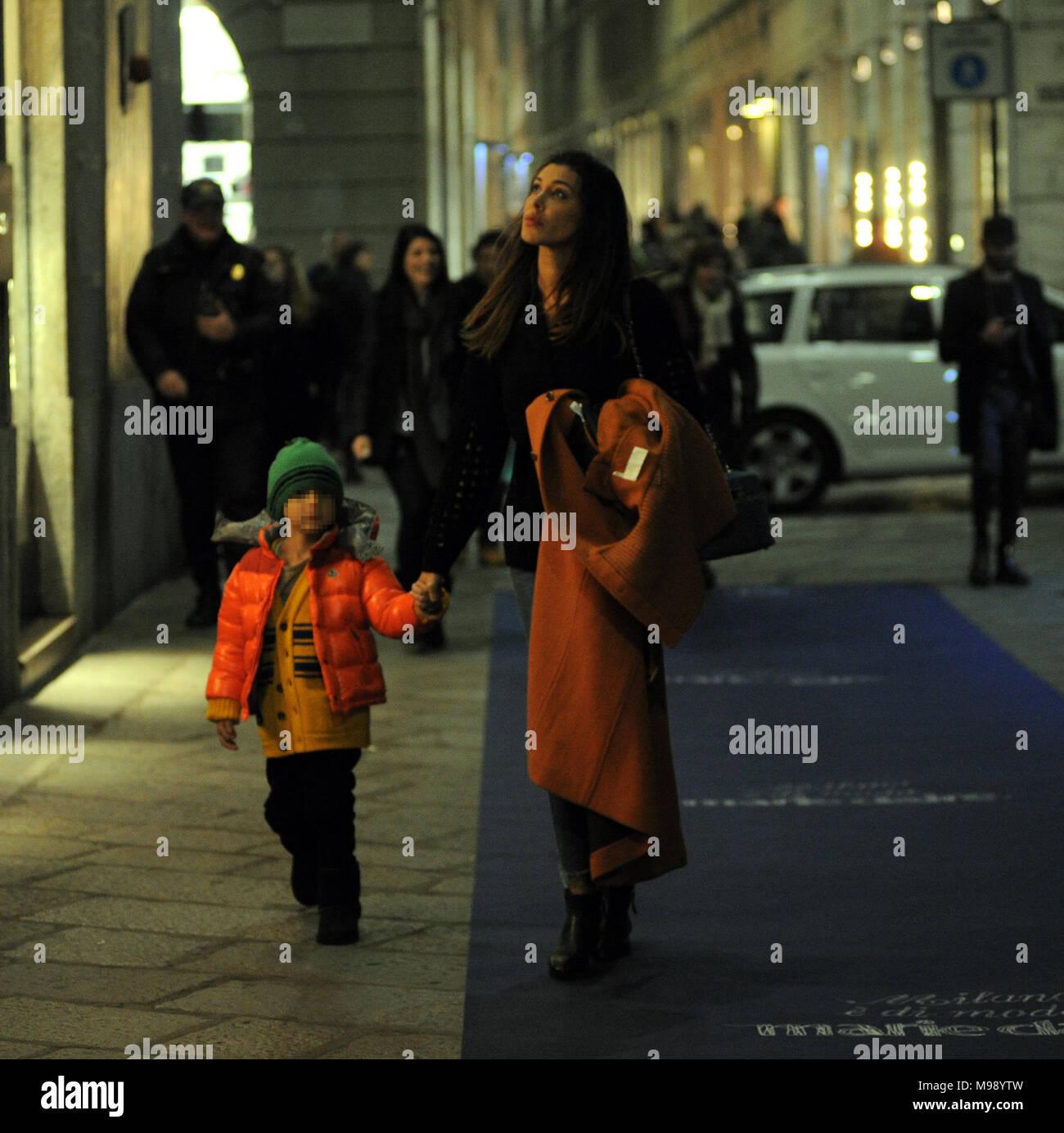 Belen Rodriguez Va De Compras En Saint Laurent Con Novia Andrea Iannone Y Su Hijo Tambien