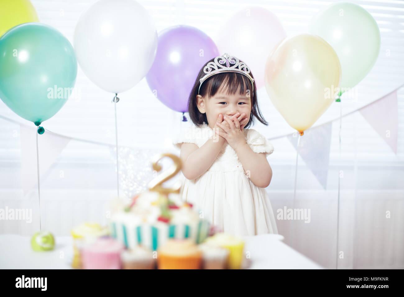 Baby Girl celebra su segundo cumpleaños Imagen De Stock