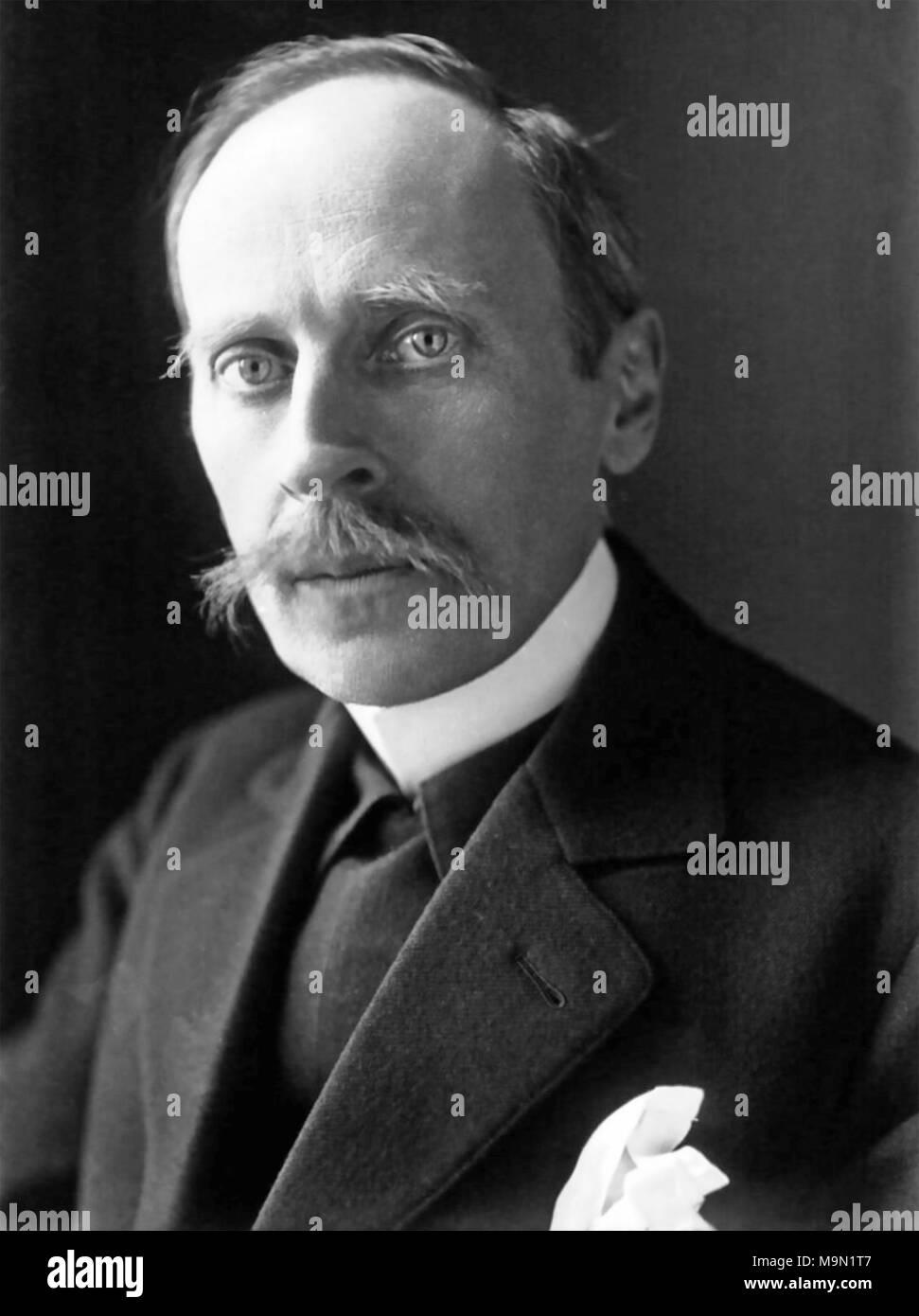 ROMAIN ROLLAND (1866-1944), novelista francés y místico acerca de 1915 Imagen De Stock