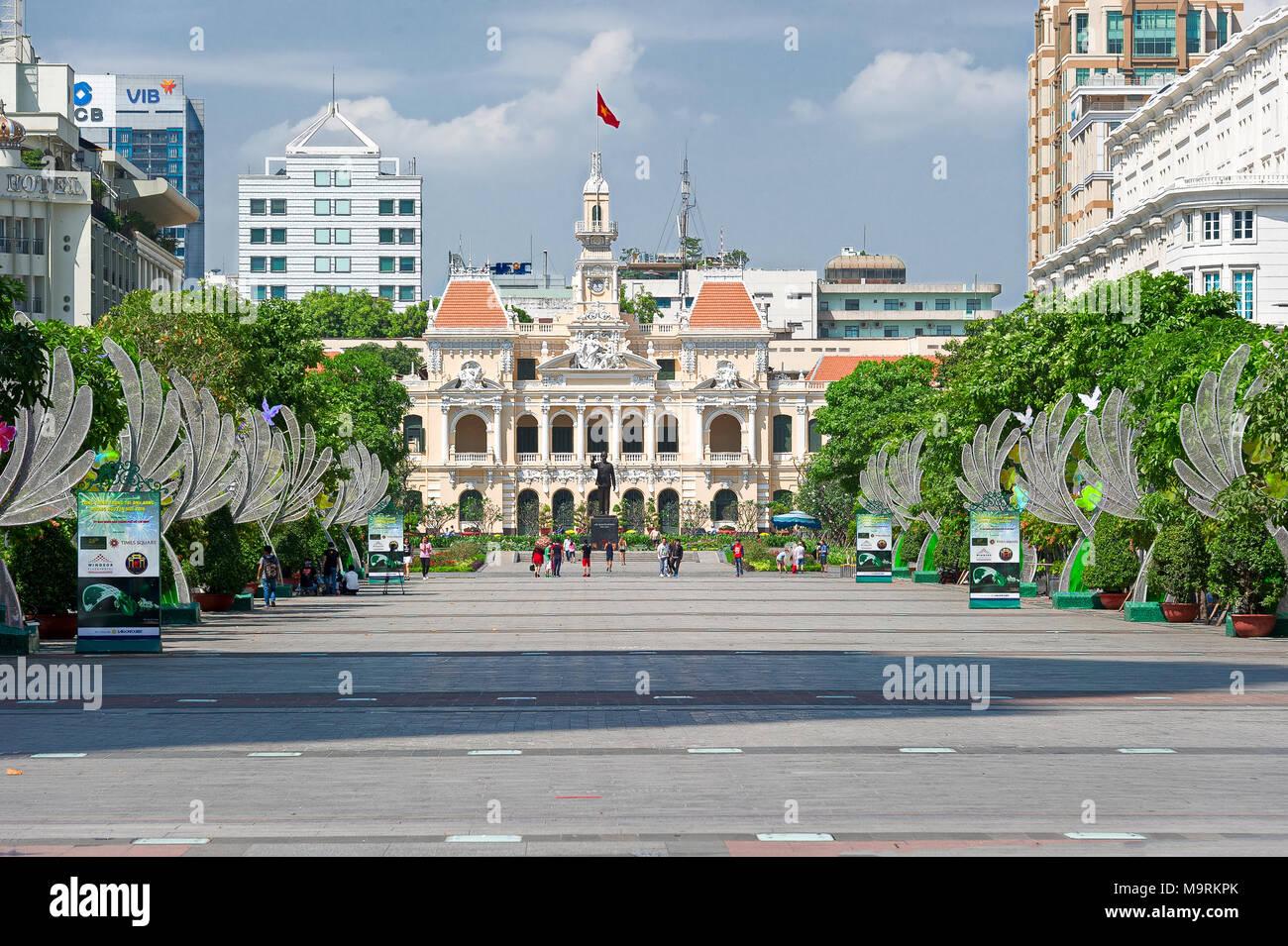 HO CHI MINH, Vietnam - Abril 9, 2017: Comité del Pueblo Oficina principal Foto de stock