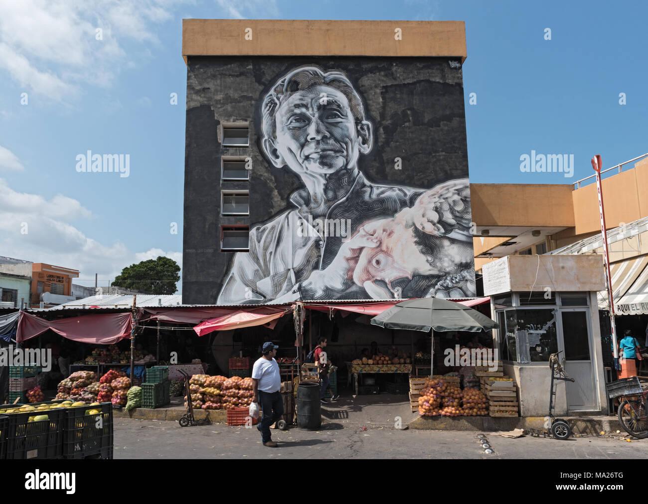 En el mercado de arte de la calle principal en San Francisco de Campeche, México Imagen De Stock