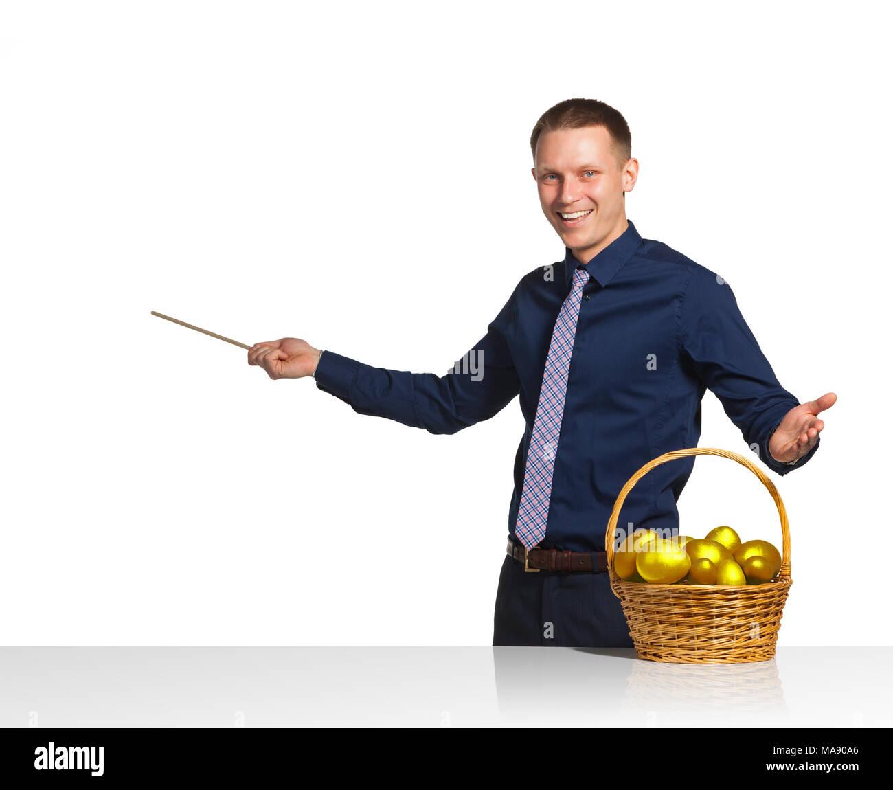 el empresario muestra plan de negocios exitosos foto imagen de