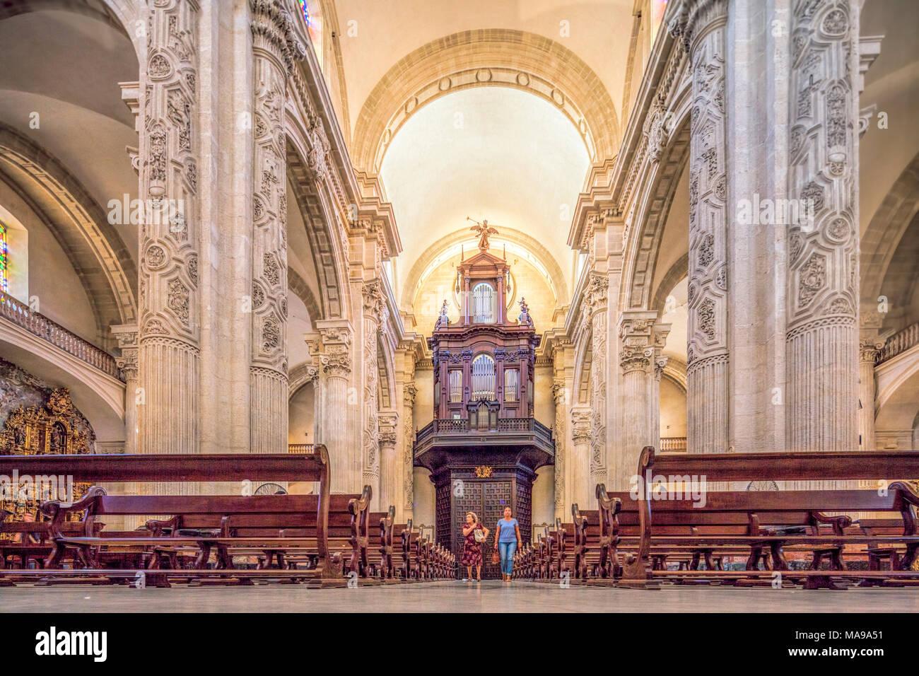 Interior de la iglesia Imagen De Stock