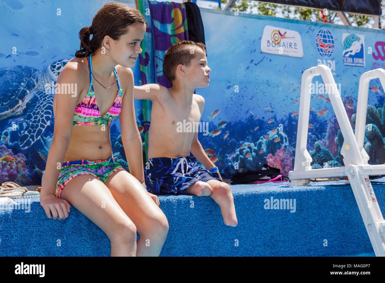 Miami Coconut Grove, Florida Shake-a-Leg Miami sin barreras Festival agua instalación deportiva sin ánimo de lucro discapacitados discapacidad física Imagen De Stock