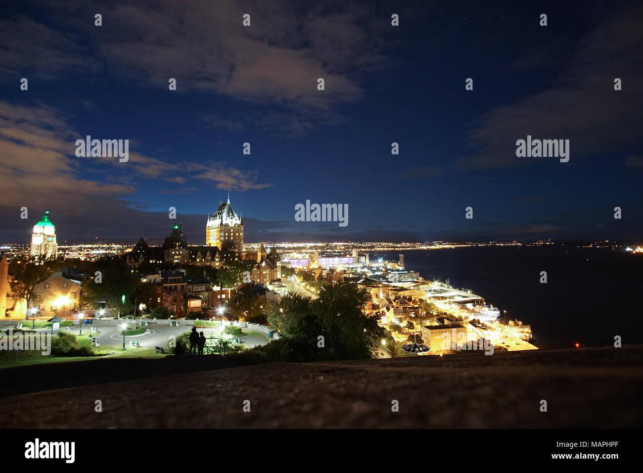 Quebec Vista Nocturna De Larga Exposición Foto Imagen De Stock