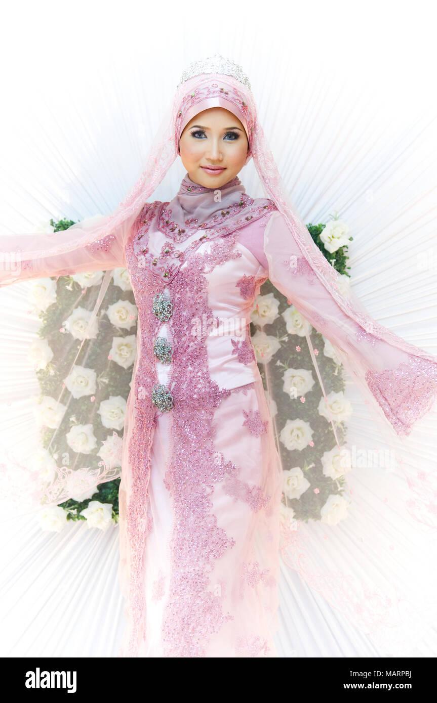 Hermosa Vestido De Novia Malaya Festooning - Colección de Vestidos ...