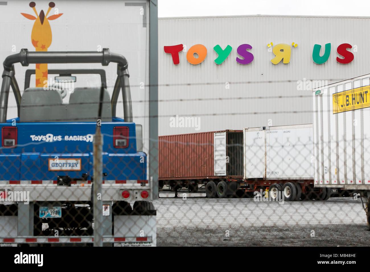 Toys De Stockamp; Store Shopping Center Imágenes In mNO80vnw