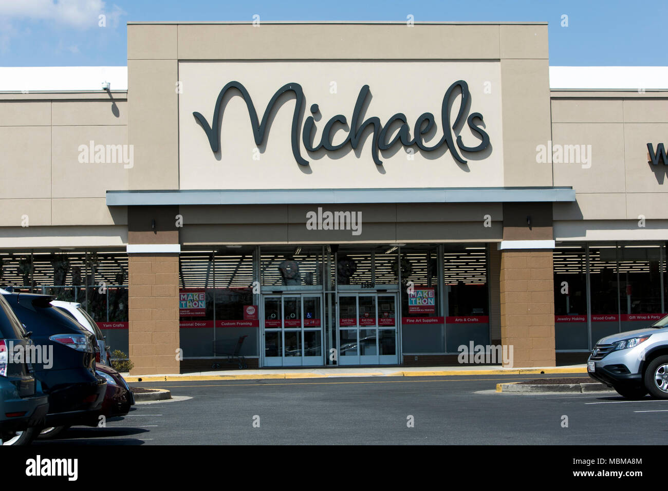 Michaels Arts And Crafts Store Imágenes De Stock & Michaels Arts And ...