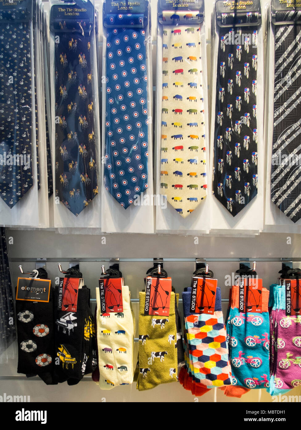 obtener nueva auténtico diseño exquisito Tienda de regalos mostrar de la novedad del hombre Corbatas ...