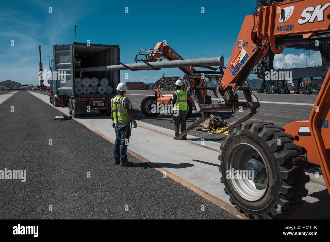 Ponce Puerto Rico 18 De Enero De 2018 Los Trabajadores Polacos