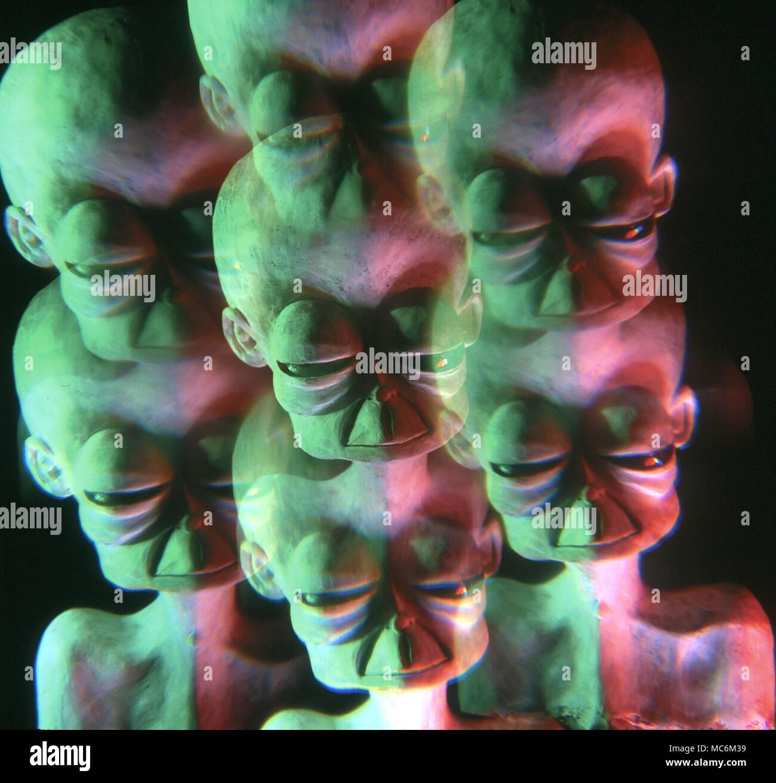 """Los Ovnis. Los jefes alienígenas con gran cráneo abovedado. Los ojos saltones y simian boca - sobre la base de descripciones dadas por aquellos que han sido """"secuestrados"""". Modelo de estudio"""". Foto de stock"""
