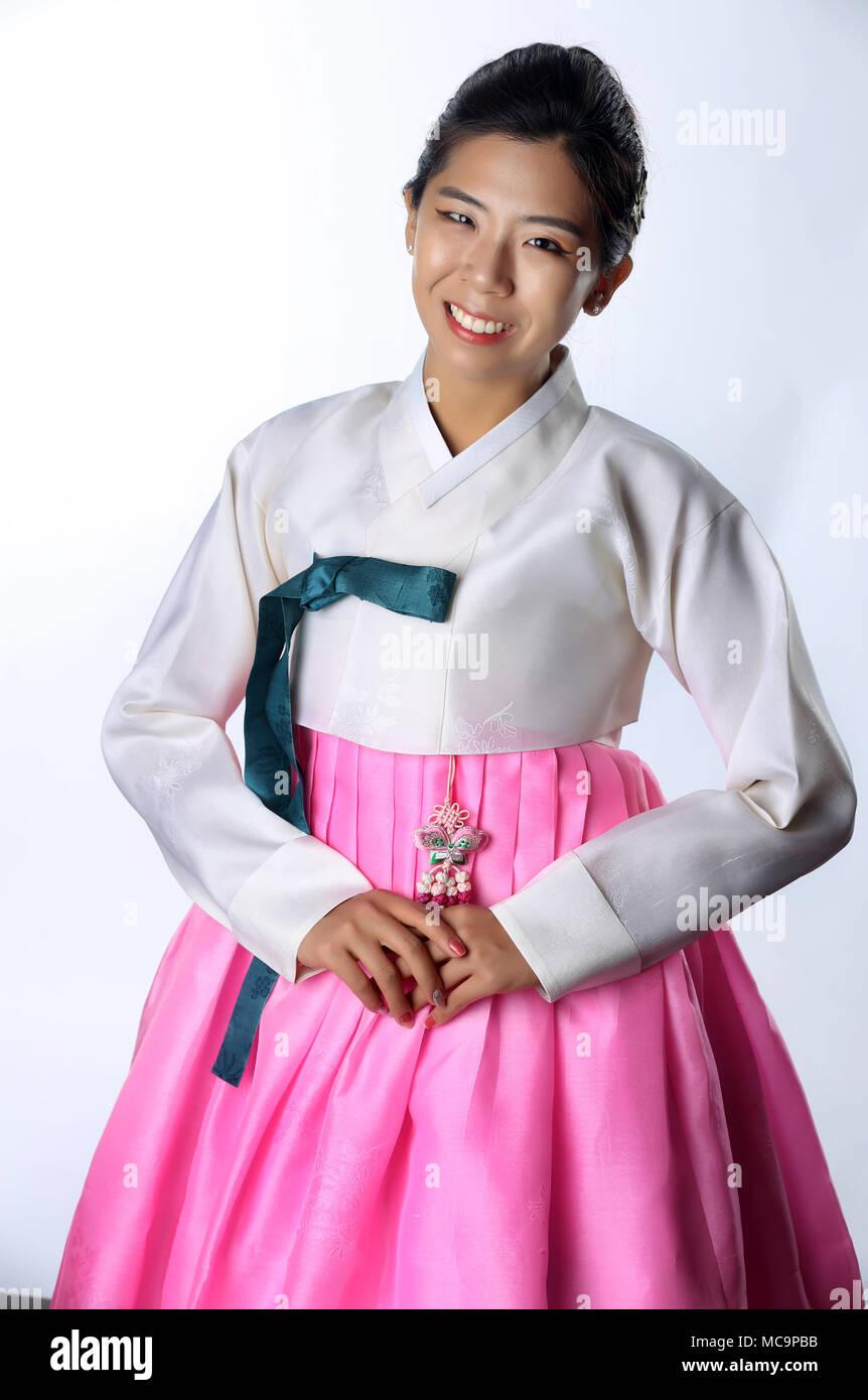 Korean Dress Imágenes De Stock & Korean Dress Fotos De Stock - Alamy