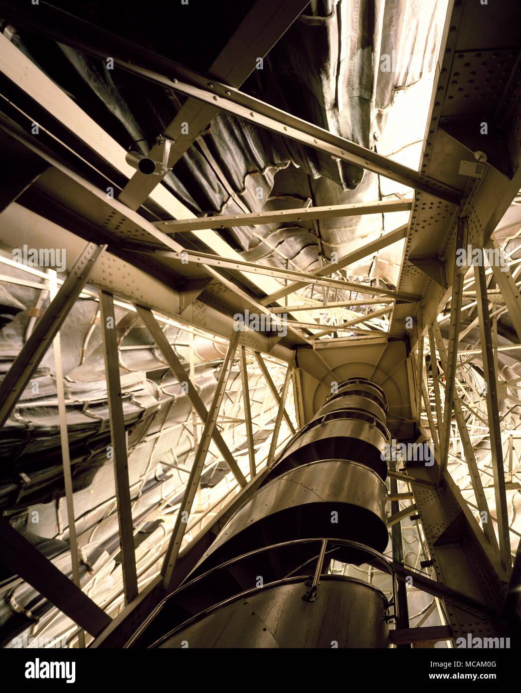 El diseño de Eiffel hizo la estatua de uno de los primeros ejemplos ...