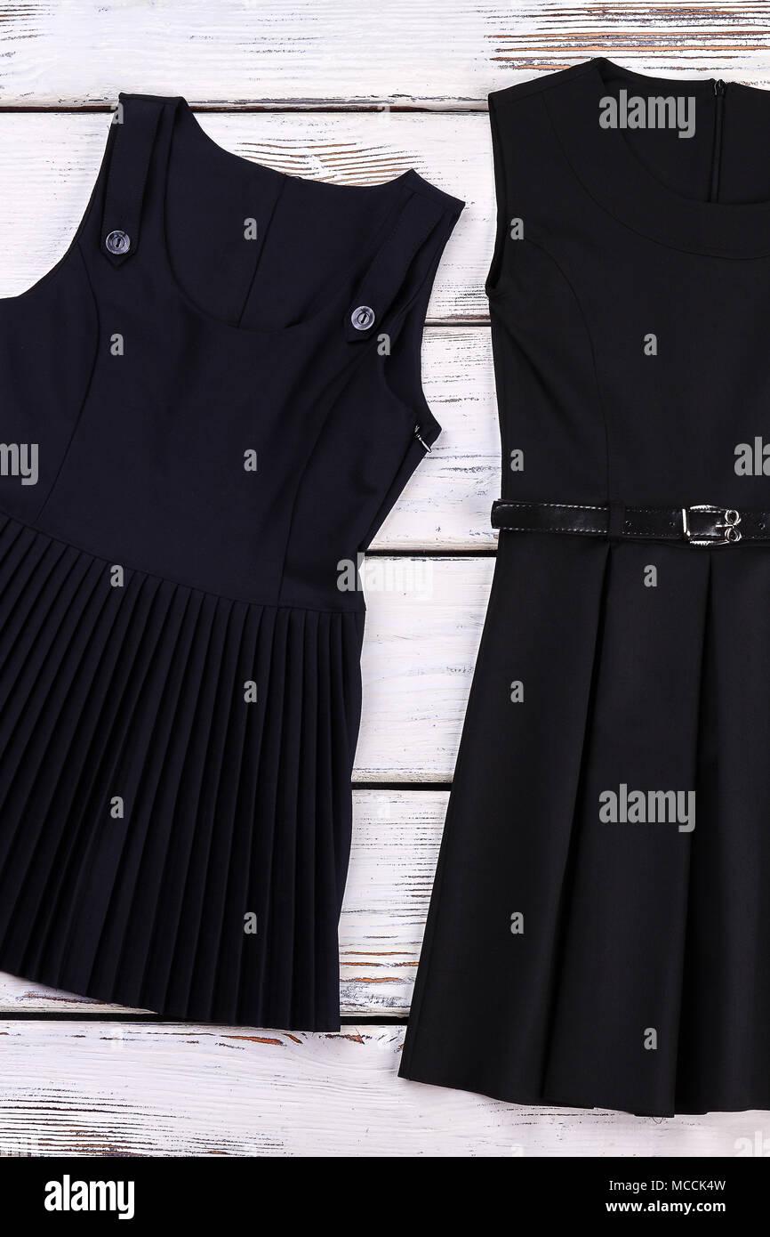3ee1e2d7b Niñas vestidos de negro clásico. Nuevo algodón shool negro vestidos para  niñas en venta.