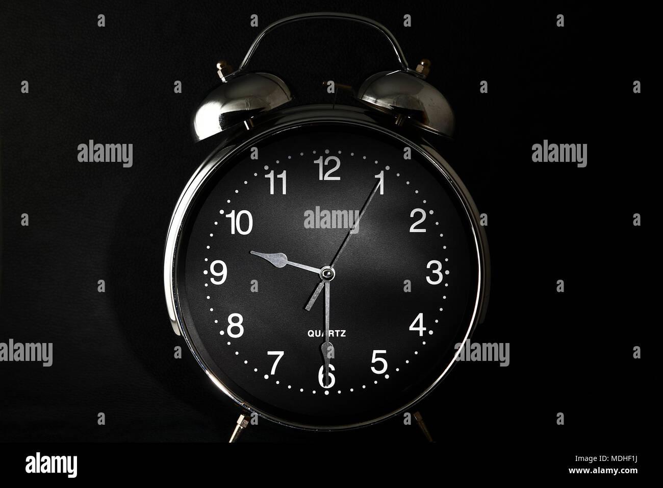 Pm Retro Con Las 9 Antiguo Am O 30 Despertador Manos A Reloj uTXZOPik