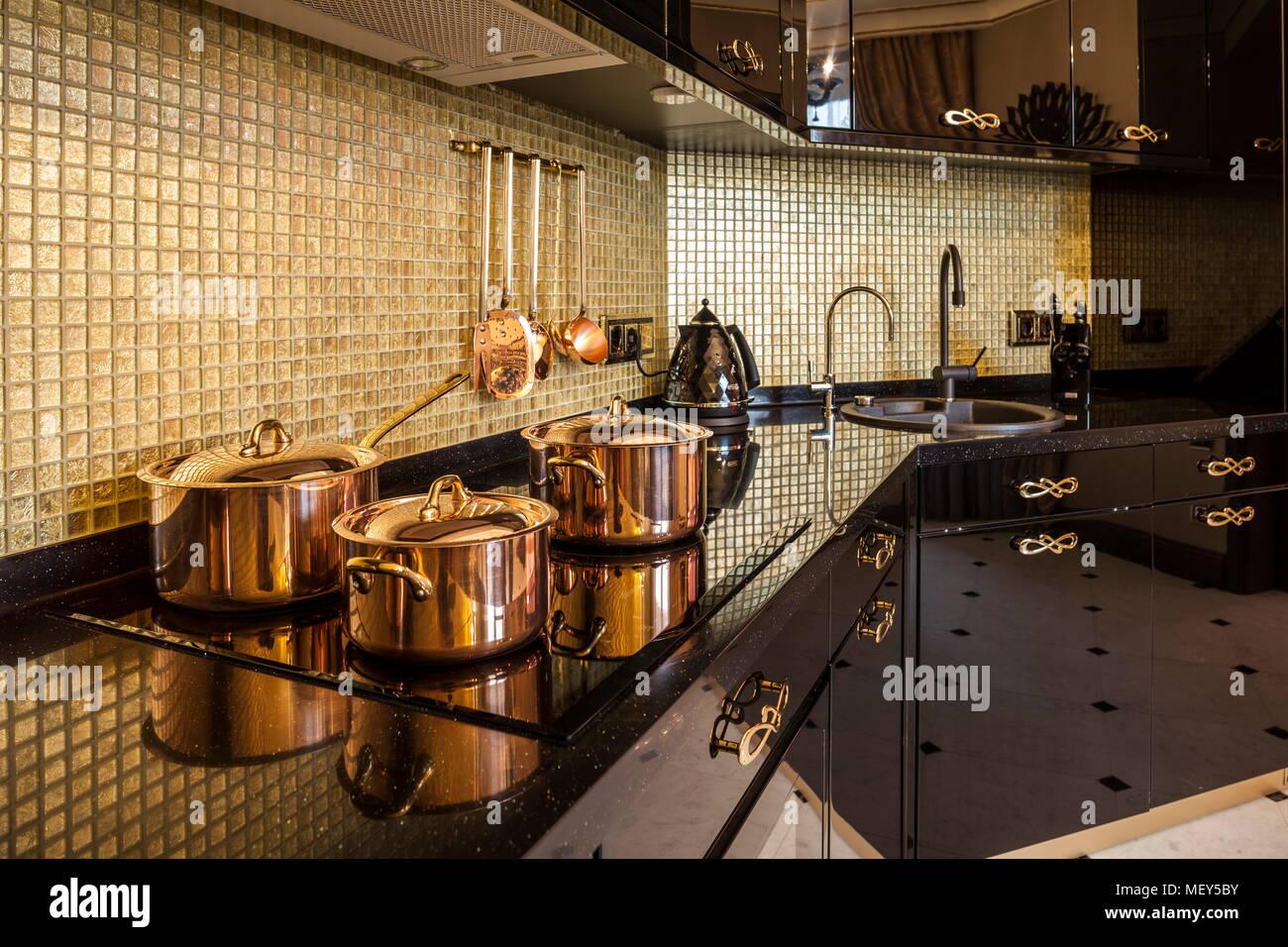 Hermosa Principales Utensilios De Cocina 2014 Galería - Como Decorar ...