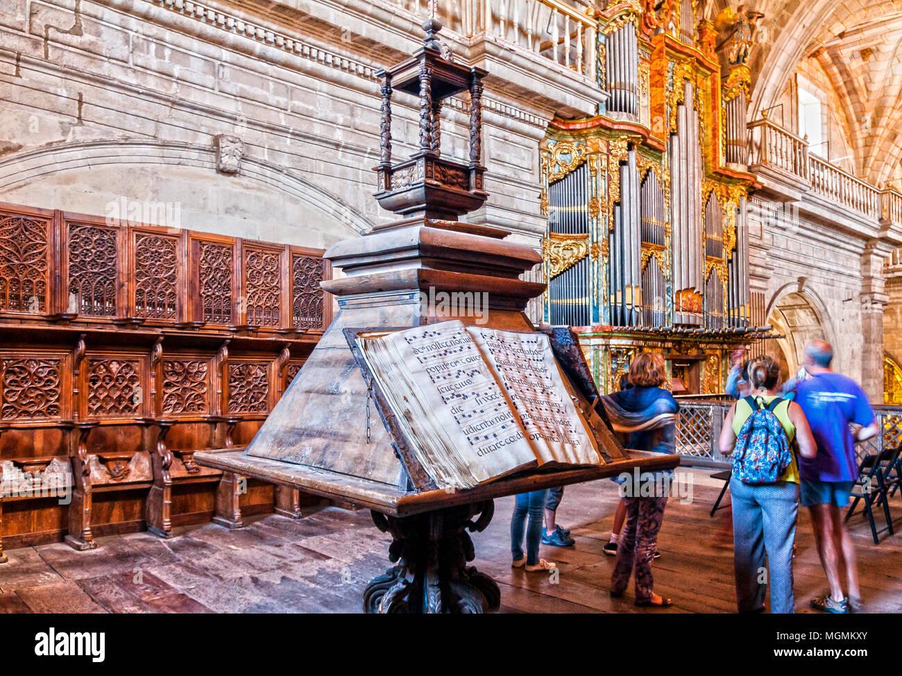 Facistol y órgano del Monasterio de San Salvador. De Celanova. Ourense. Galicia. España Imagen De Stock
