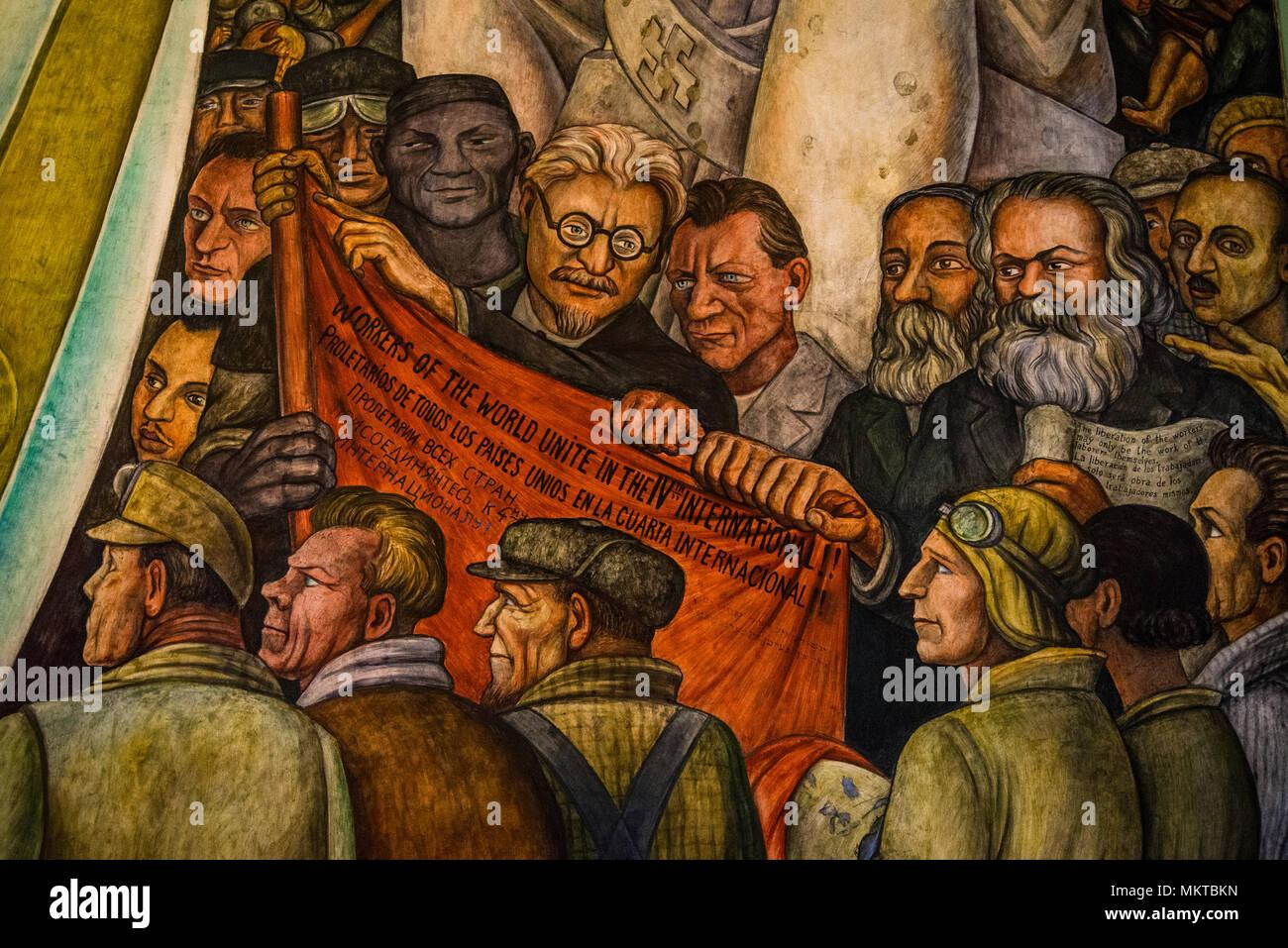 Leon Trotsky En El Mural De Diego Rivera El Hombre En La